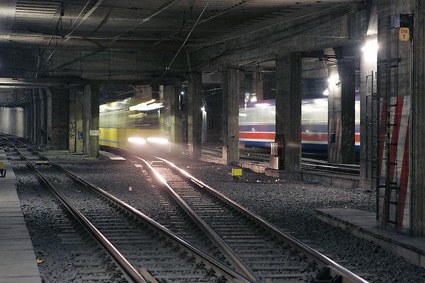 Im Tunnel - Blick in die Weichenstraße am Essener Hauptbahnhof