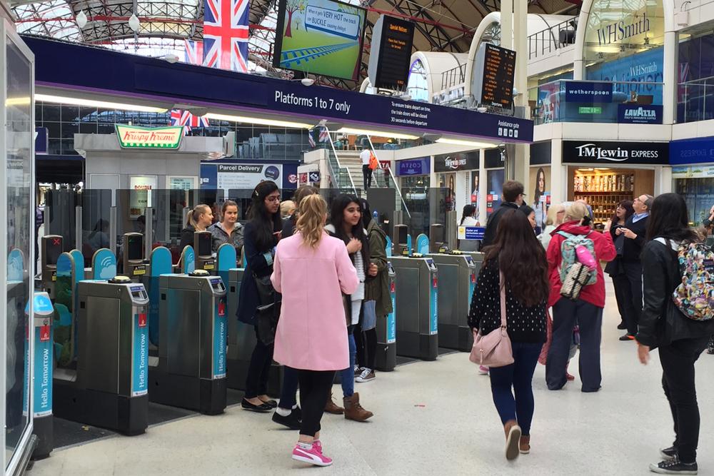 Victoria-Station-Eingang