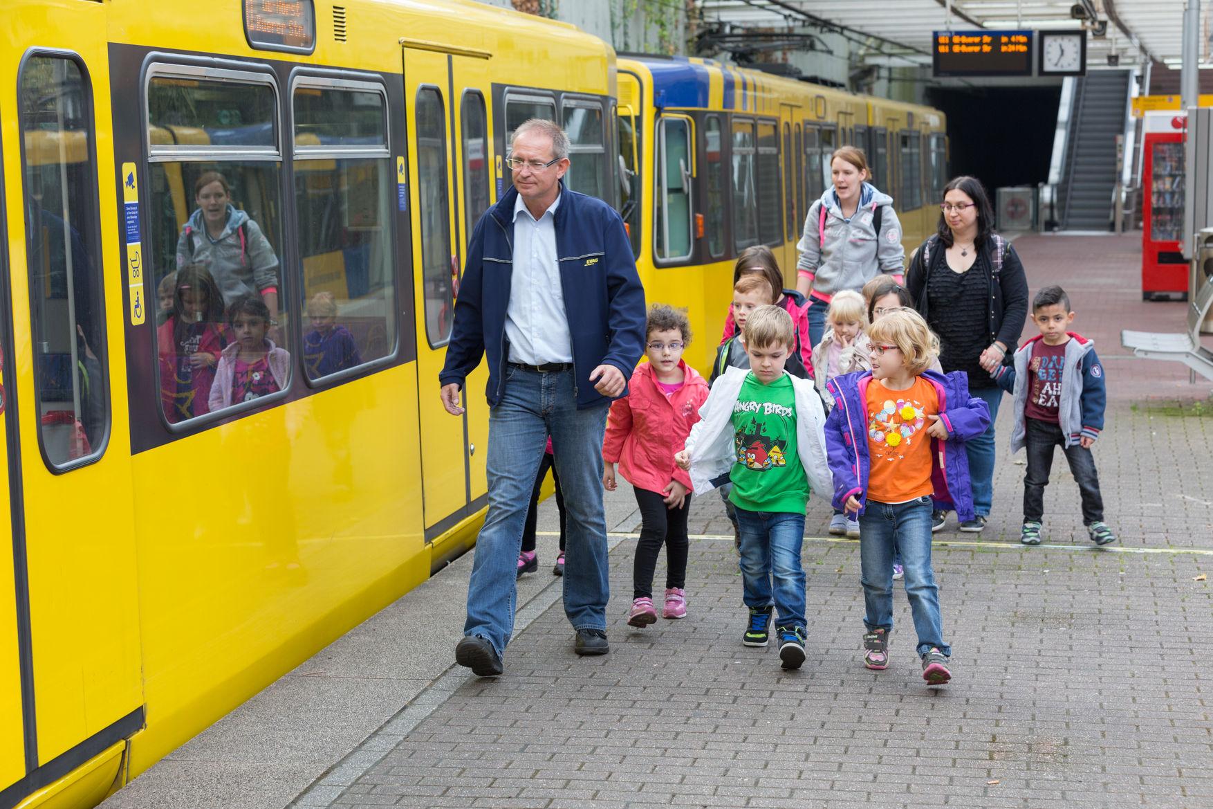 Betriebsführung mit Kindergartenkindern