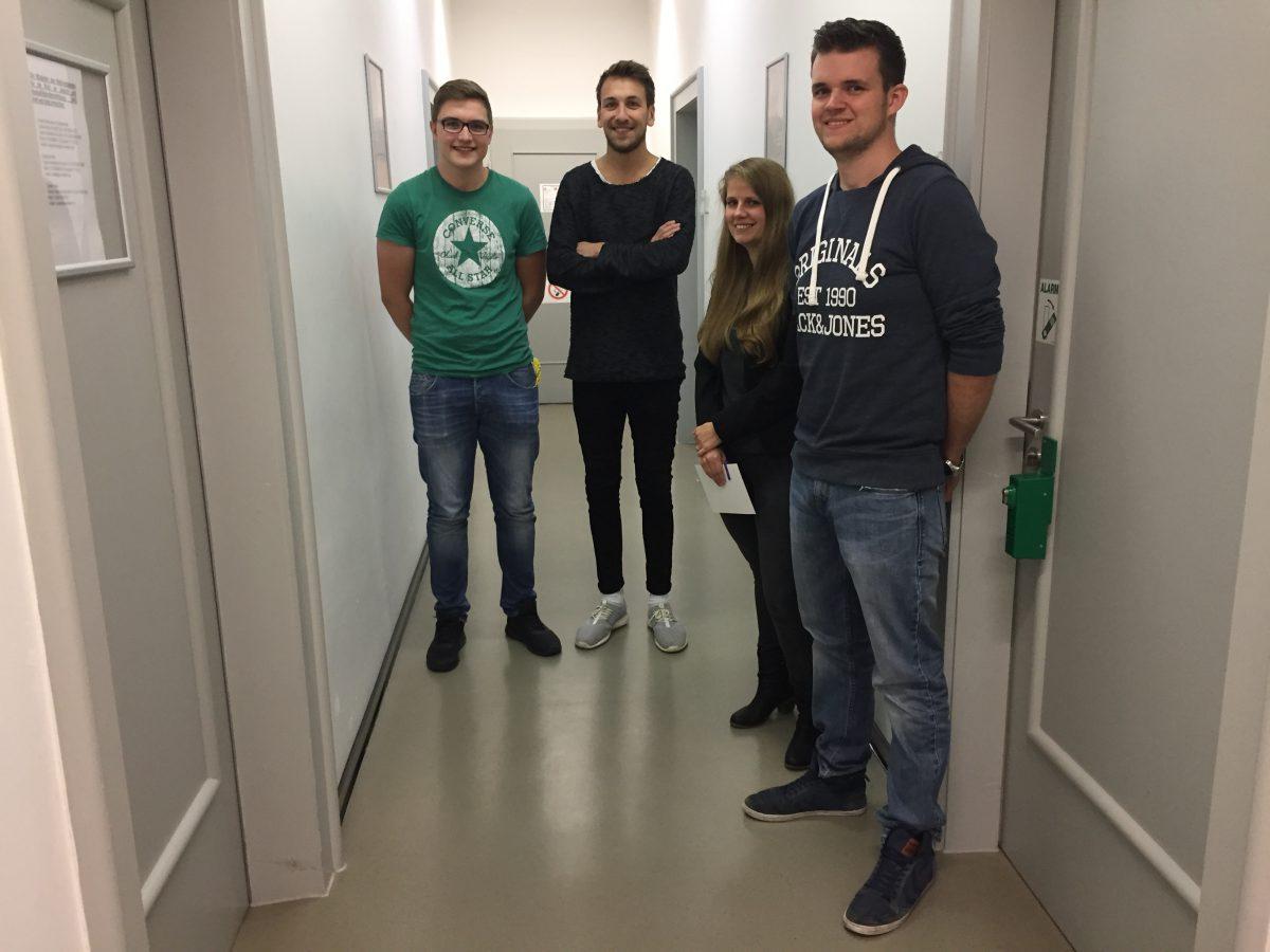 """Lennard und Marcel - gerade frisch angekommen im """"Erzhof"""""""